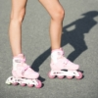 What troubles inline skaters